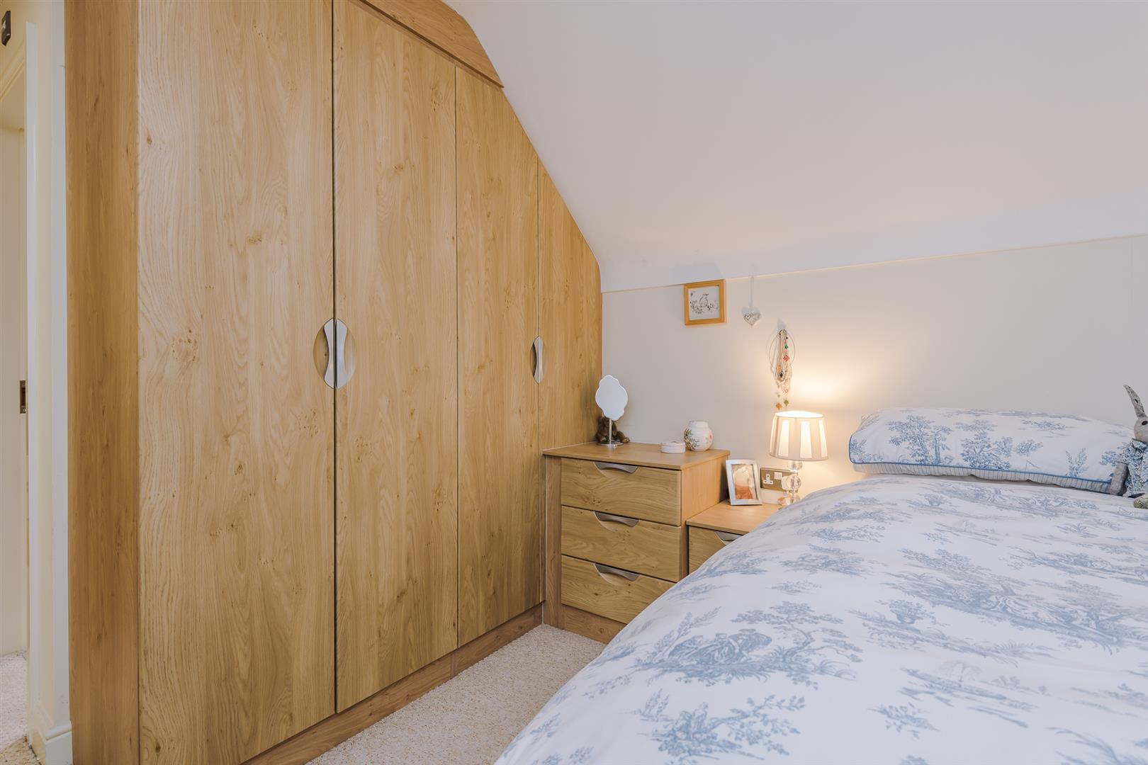 2 Bedroom Apartment Sale Agreed Image 9